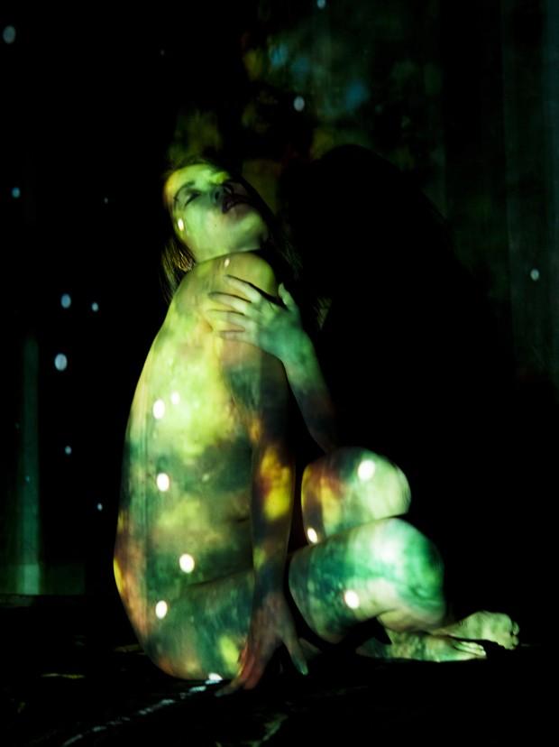 Green Ofelia Artistic Nude Photo print by Artist Freddie Graves