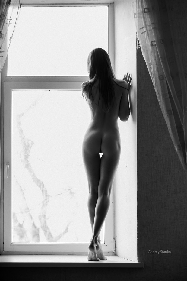 Indoor Nudes Artistic Nude Photo print by Photographer Andrey Stanko