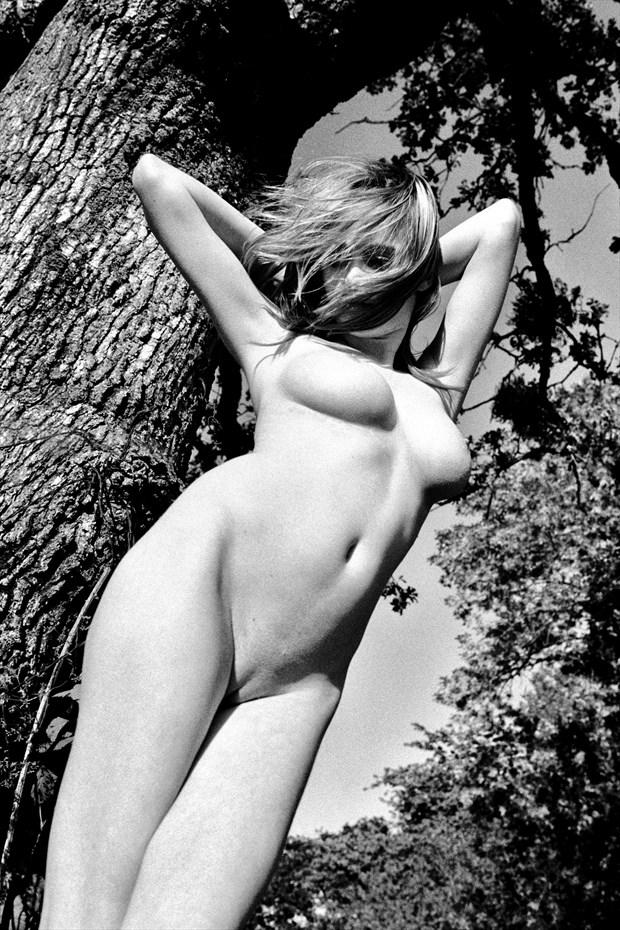 KGagainstTree1a Artistic Nude Photo print by Photographer Joe Klune Fine Art