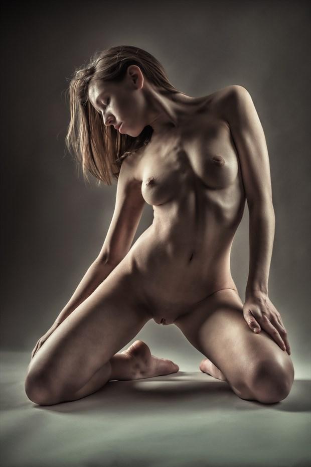 Knees   2 Artistic Nude Photo print by Photographer rick jolson
