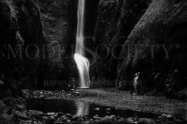 Lindsay at waterfall Artistic Nude Photo print by Photographer Joe Klune Fine Art