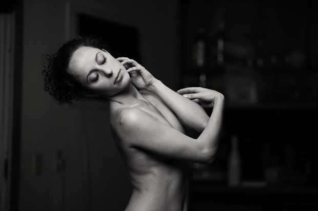 Mauvais Artistic Nude Photo print by Photographer Juan Mariaca