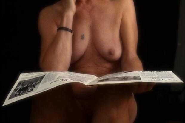 Morning news Artistic Nude Photo print by Photographer StudioVi2