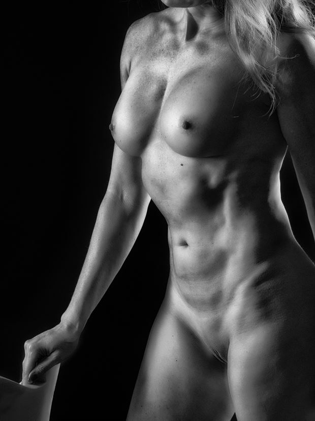 Oh those abs! Artistic Nude Photo print by Photographer rick jolson