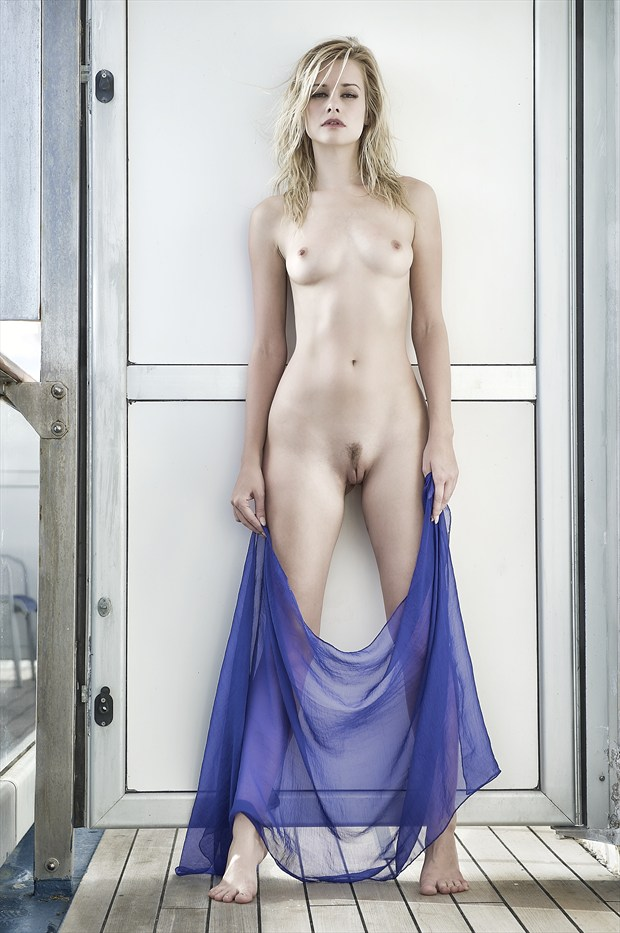 Olivia at sea Artistic Nude Photo print by Photographer StromePhoto