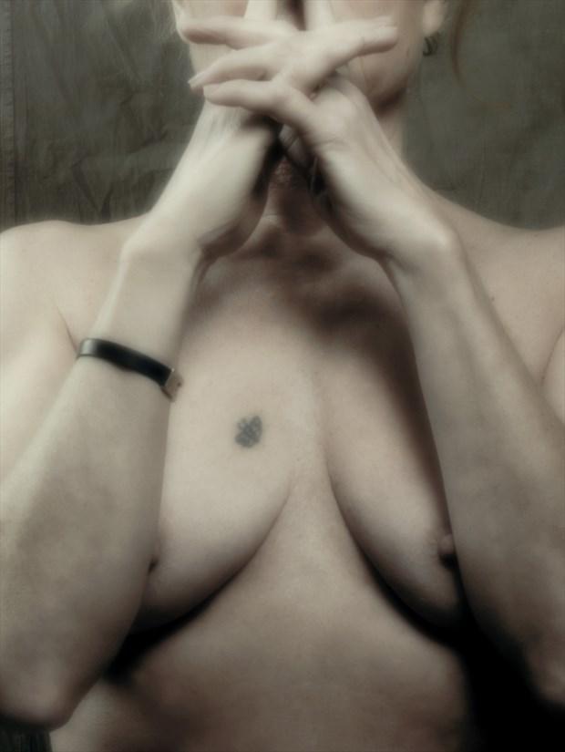 Pale close up Artistic Nude Photo print by Photographer StudioVi2