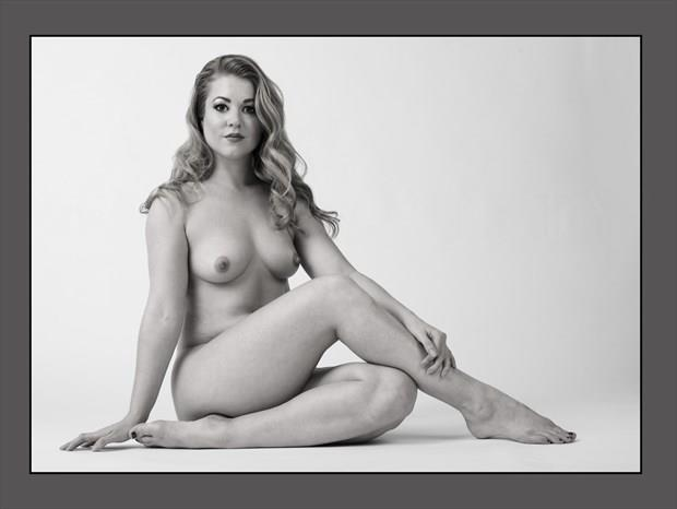 Rebecca Artistic Nude Photo print by Photographer Tommy 2's