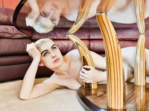 Reflecting Artistic Nude Photo print by Photographer HGitel