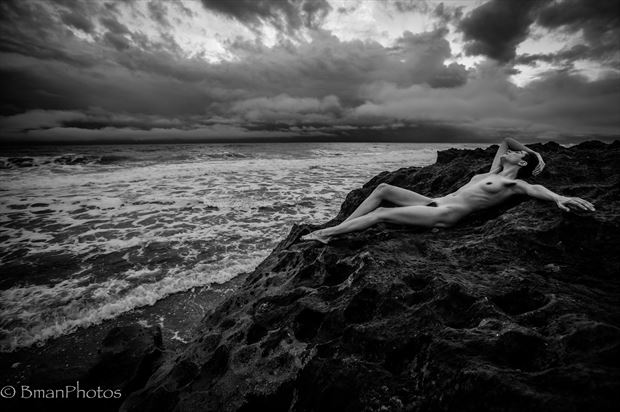 Roarie Yum Artistic Nude Photo print by Photographer BmanPhotos