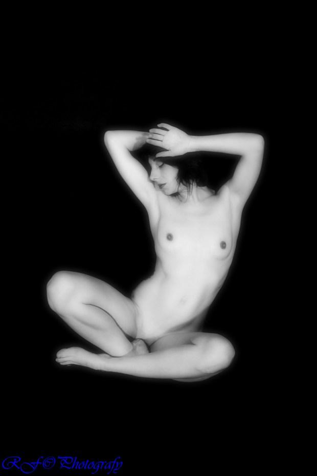 T Artistic Nude Photo print by Photographer rufer