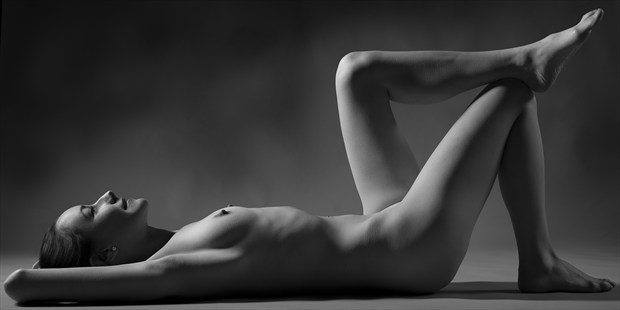Seventy degrees Artistic Nude Photo print by Photographer Tommy 2's