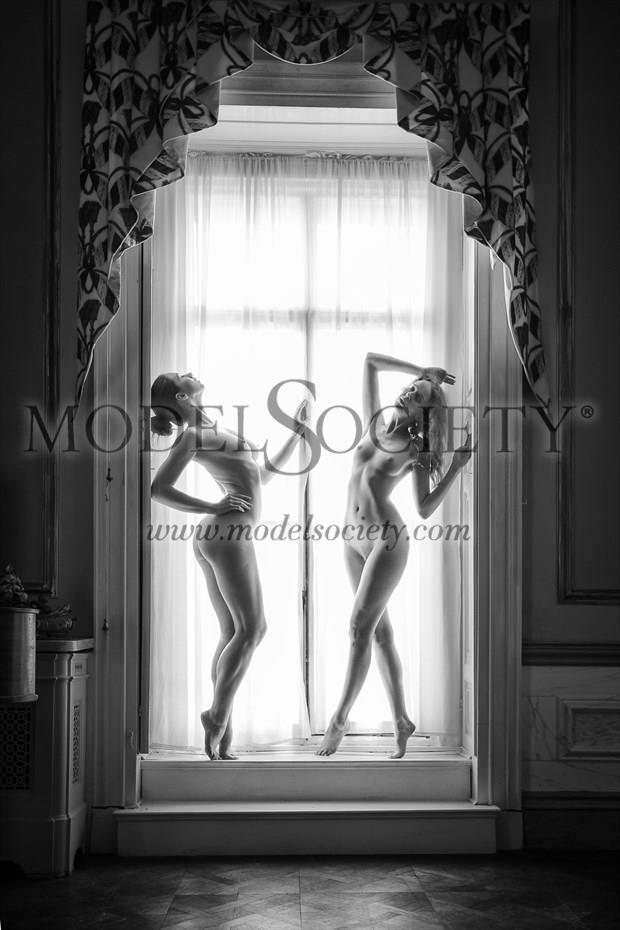 Sittingroom Wiles Artistic Nude Photo print by Photographer Carl Grim