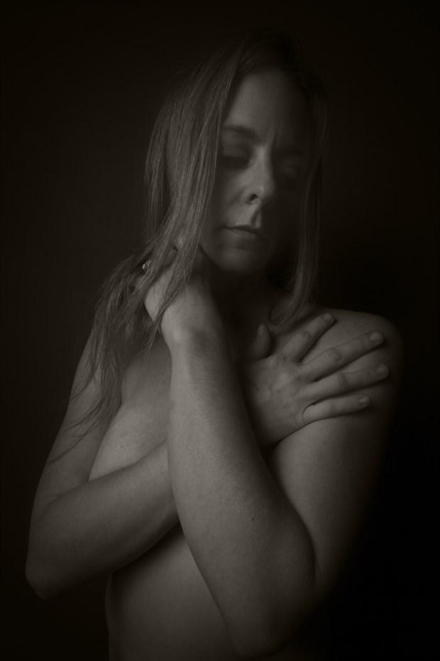 Studio Lighting Emotional Photo print by Photographer CurvedLight