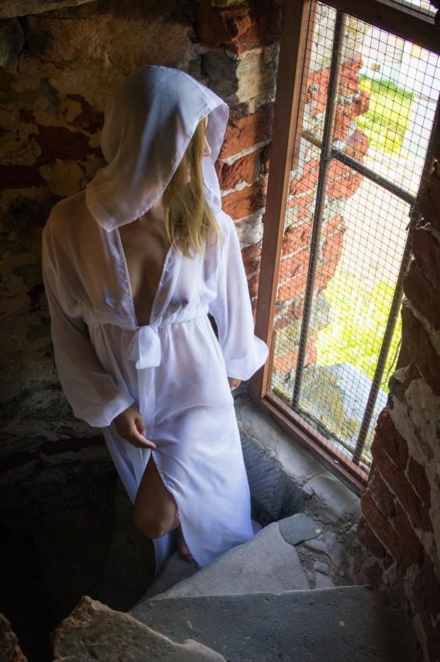 White lady Glamour Photo print by Photographer TarmoSiirak