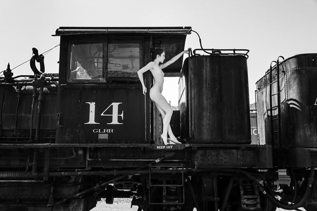 ahna train artistic nude photo print by photographer gunnar