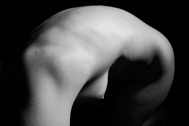 arched artistic nude photo print by photographer gsphotoguy