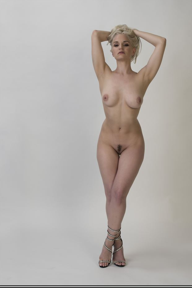 arms up artistic nude photo print by photographer tommy 2 s