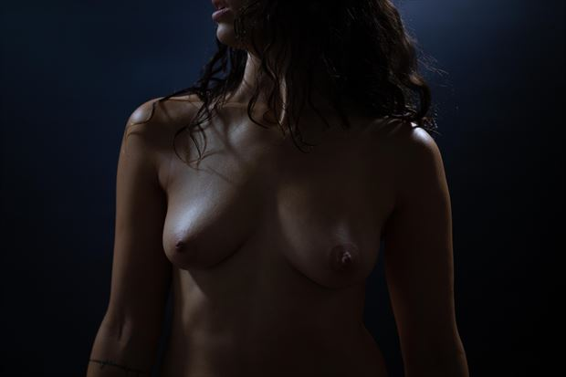 artistic nude erotic photo print by photographer athol peters