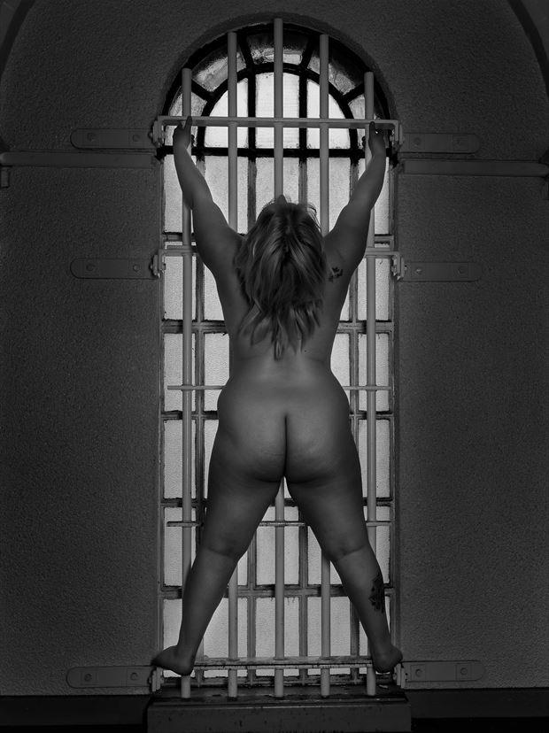 artistic nude sensual photo print by photographer chriswoodman_photo