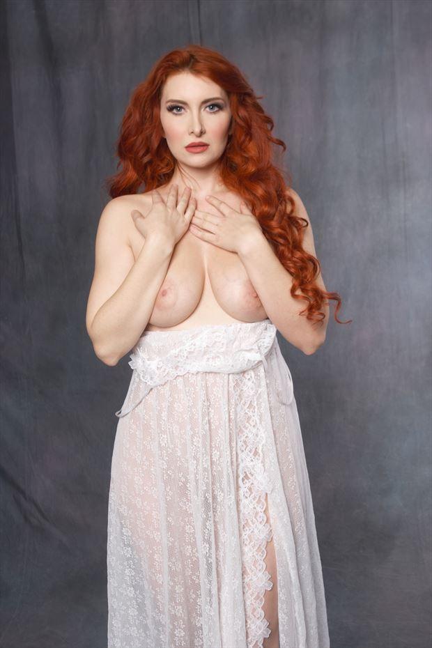 artistic nude sensual photo print by photographer zames curran