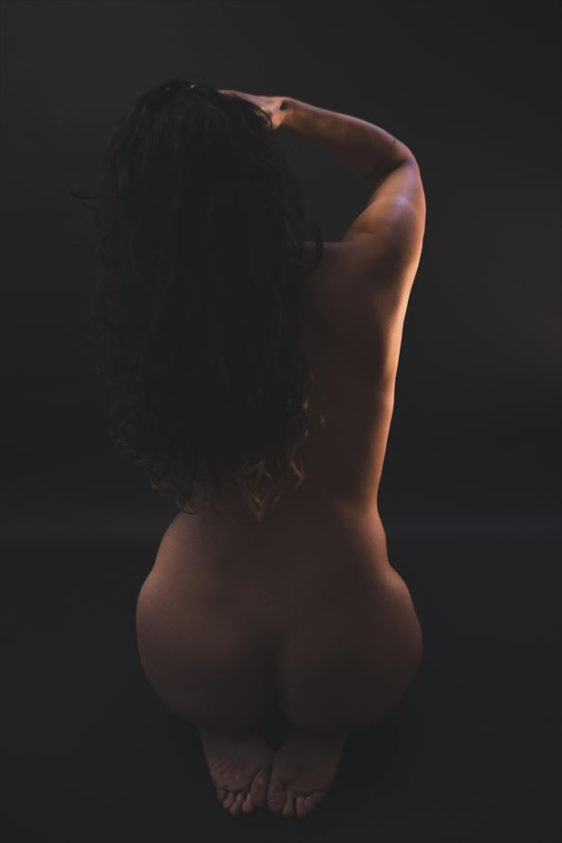 artistic nude silhouette photo print by photographer athol peters