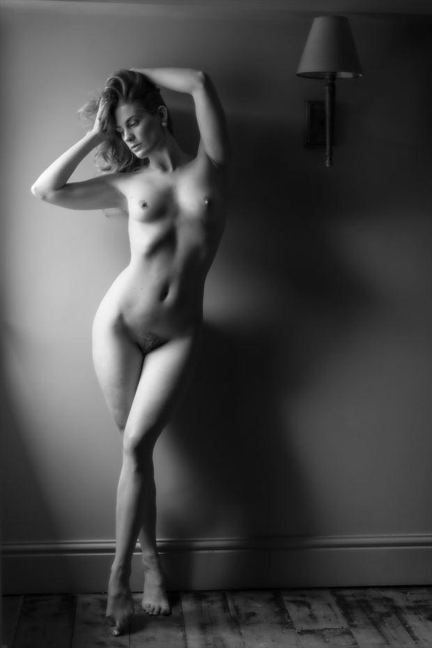 beauty light artistic nude photo print by photographer colin dixon