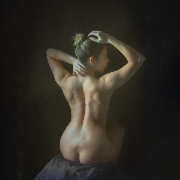 classical style nude artistic nude photo print by photographer colin dixon