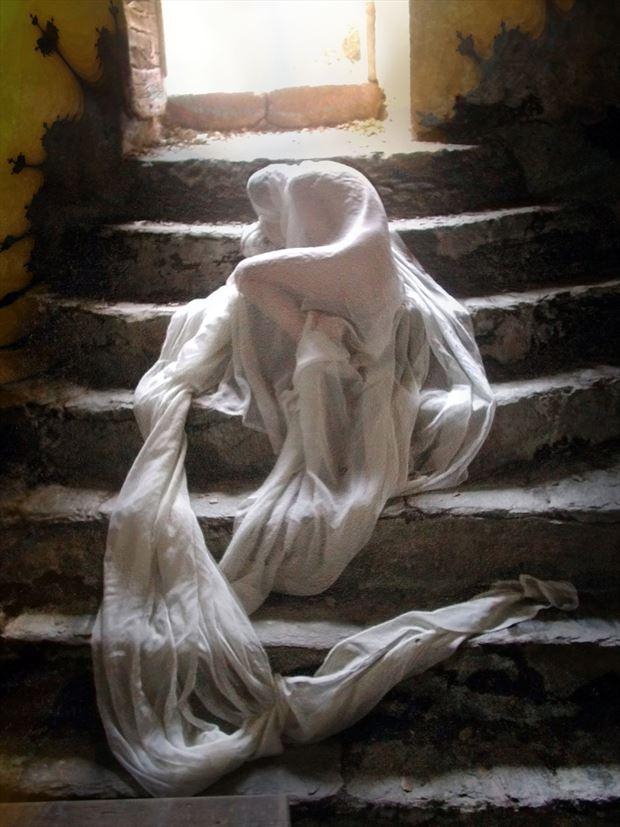 cocoon 2 artistic nude photo print by photographer joseph auquier