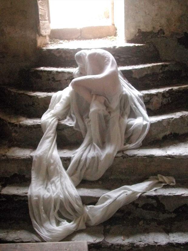 cocoon artistic nude photo print by photographer joseph auquier