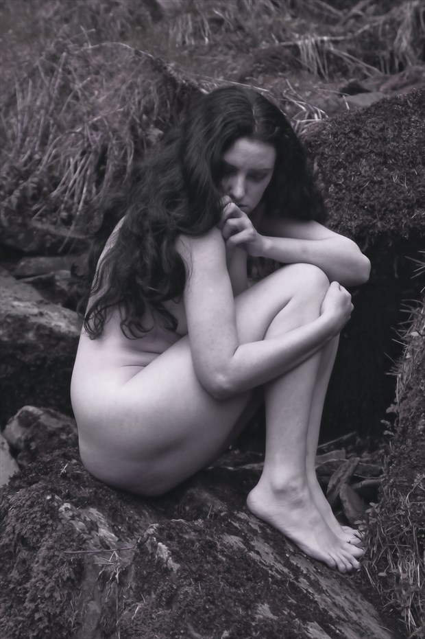 cold and lonely we sit together artistic nude photo print by photographer photorunner