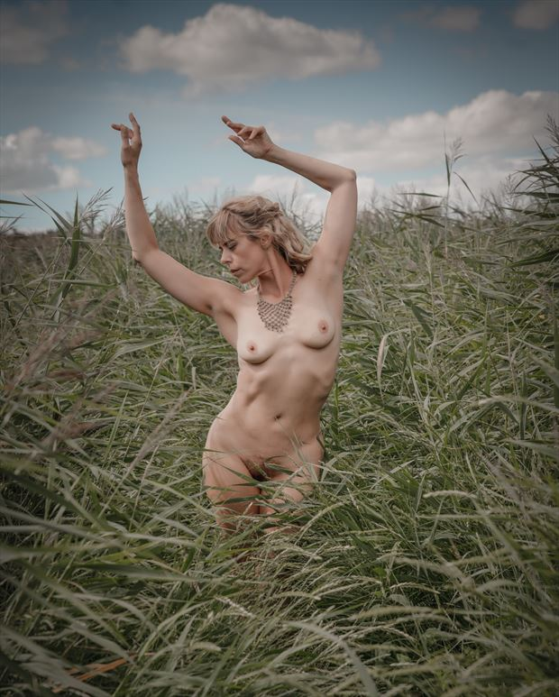 english summer beauty 3 artistic nude photo print by photographer colin dixon