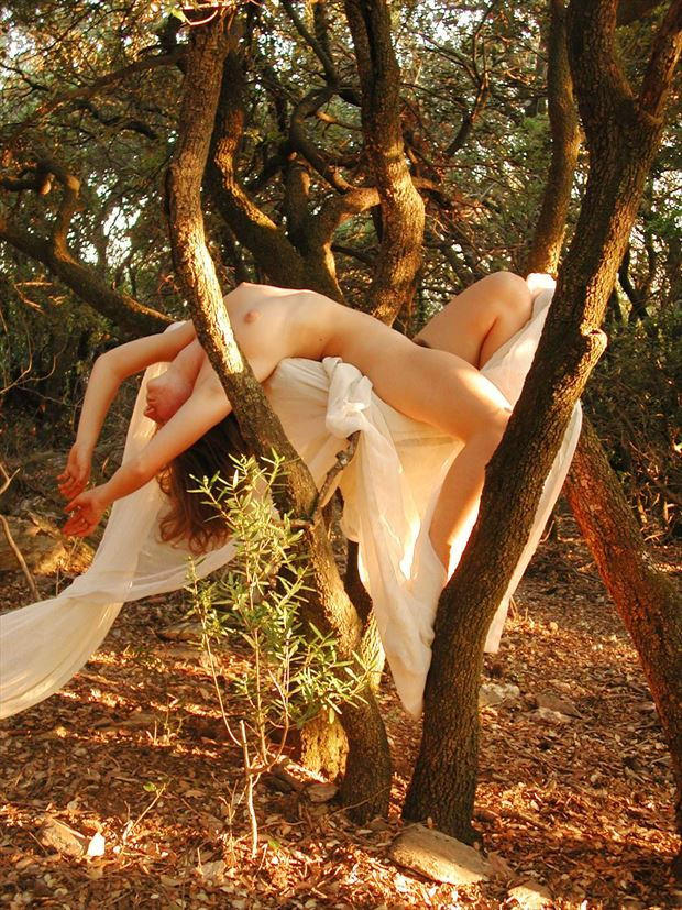 extatic artistic nude photo print by photographer joseph auquier