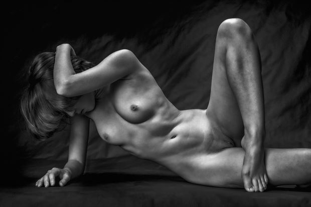 fingers toes 2 artistic nude photo print by photographer rick jolson