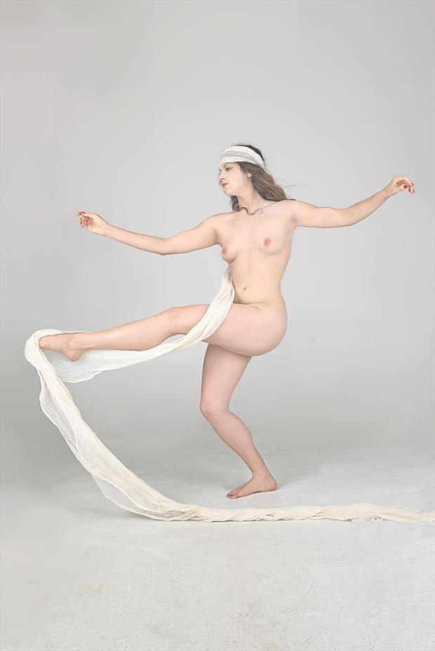 ghost dancer 200 artistic nude photo print by photographer al wright