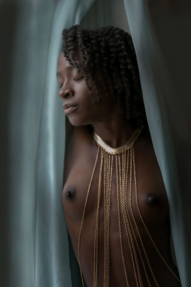 gold necklace artistic nude photo print by artist kevin stiles