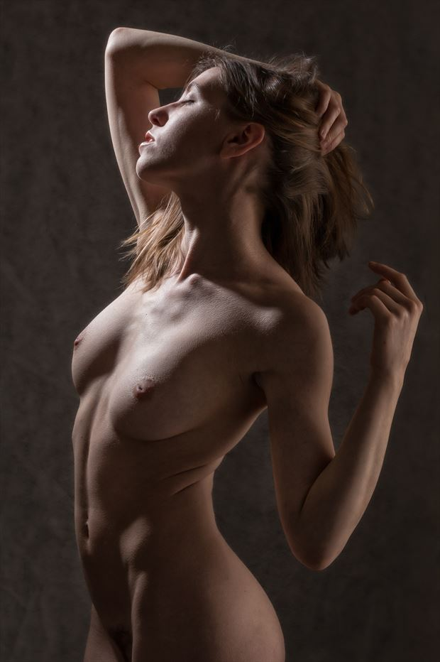 heads up artistic nude photo print by photographer rick jolson