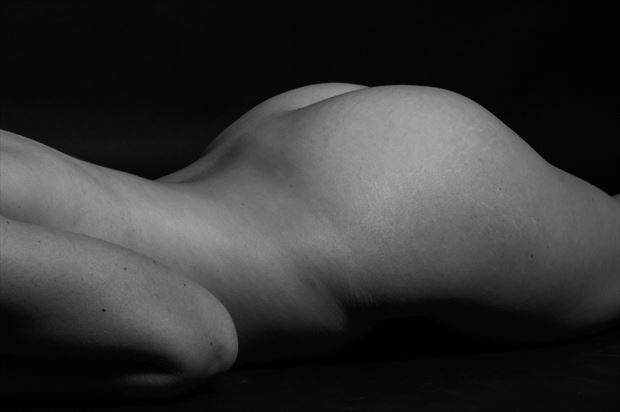 human body range artistic nude photo print by photographer thomas branch