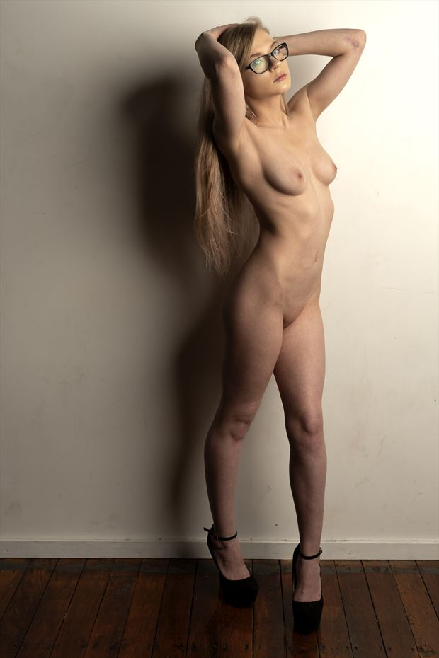 izzi artistic nude photo print by photographer depa kote