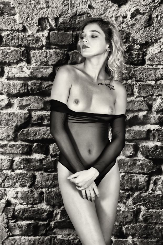 kyliebelle artistic nude photo print by photographer dpaphoto