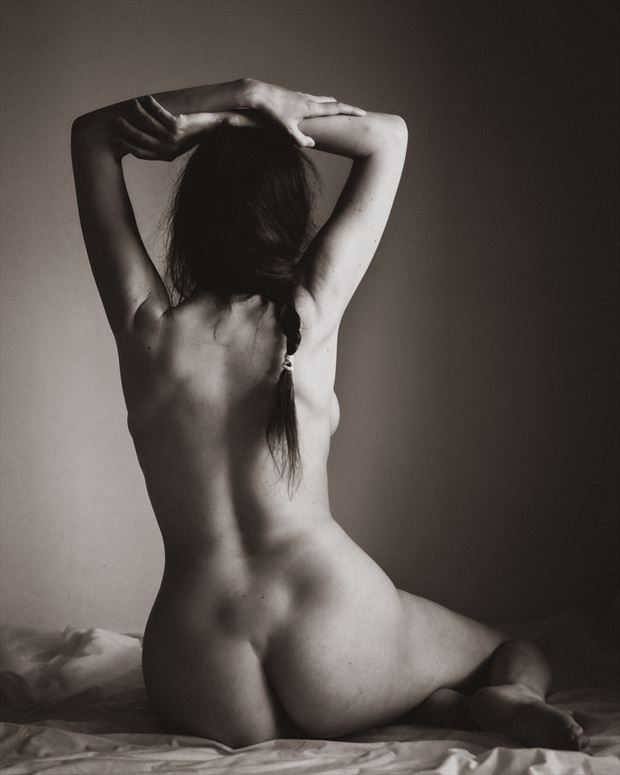 la tresse artistic nude photo print by photographer garden of the muses