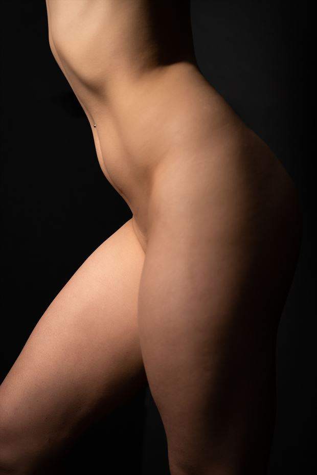 lacey artistic nude photo print by photographer brentmillsphotovideo