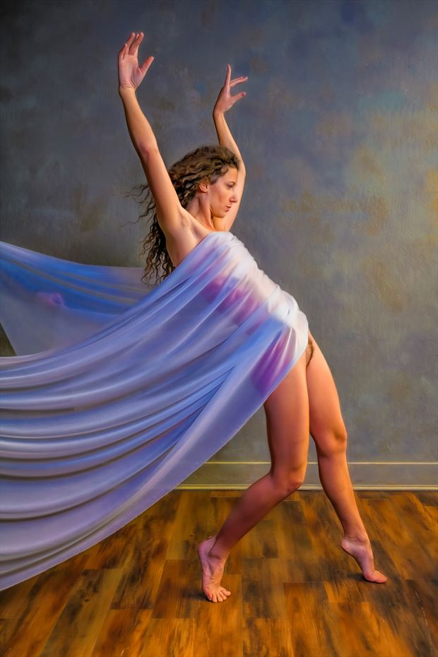 le danse artistic nude photo print by photographer philip turner