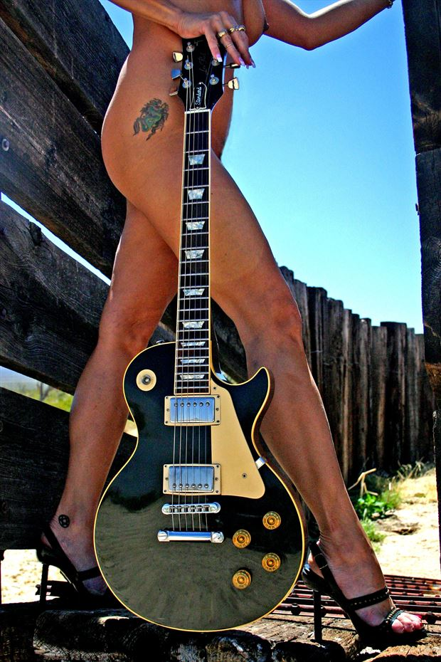 les paul 1 artistic nude photo print by photographer barry gallegos