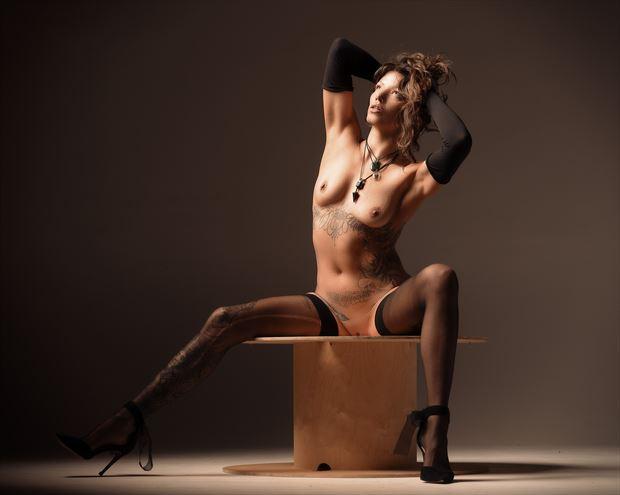 lisa artistic nude photo print by photographer glossypinklipstick