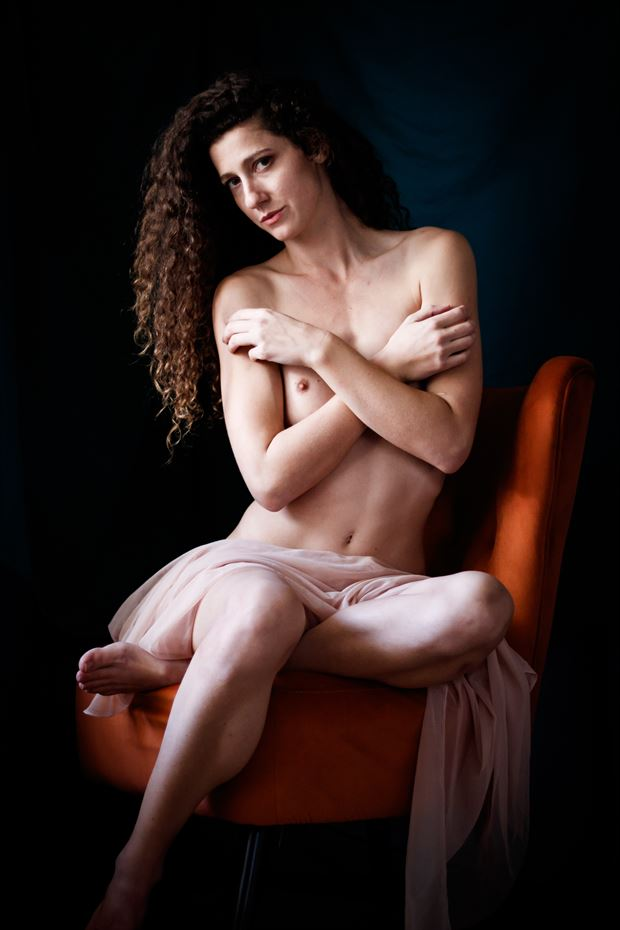 queen s throne v artistic nude photo print by photographer thomas branch