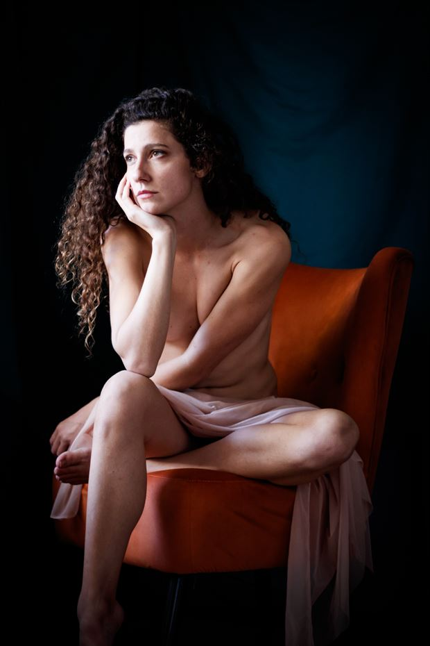 queen s throne vi artistic nude photo print by photographer thomas branch