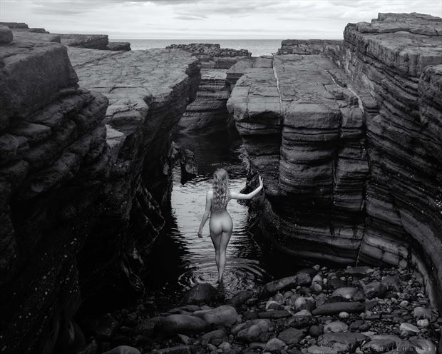 return to the sea artistic nude photo print by photographer randall hobbet
