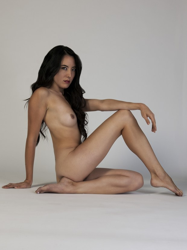 rs Sitting Artistic Nude Photo print by Photographer Tommy 2's