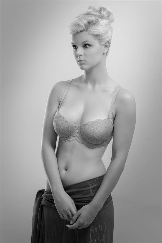 rylan lingerie photo print by photographer perry van dongen