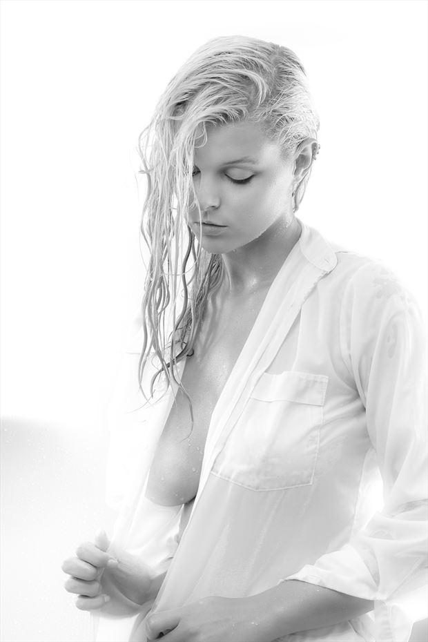 rylan sensual photo print by photographer perry van dongen